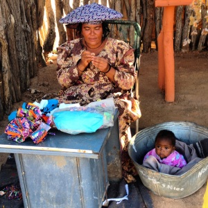 Hierra woman making crafts to sell.